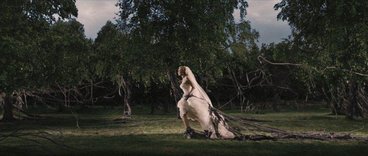 『メランコリア』(2011) - Melancholia –