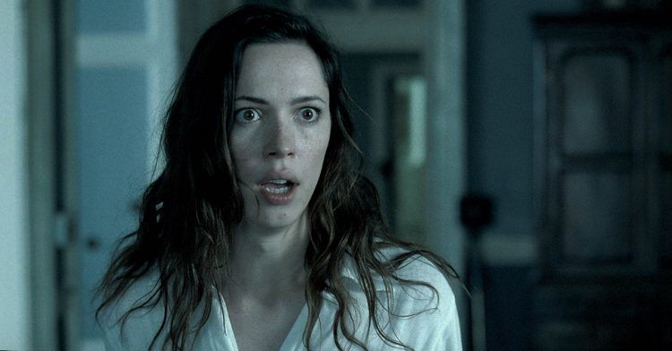 『アウェイクニング』(2011) - The Awakening –