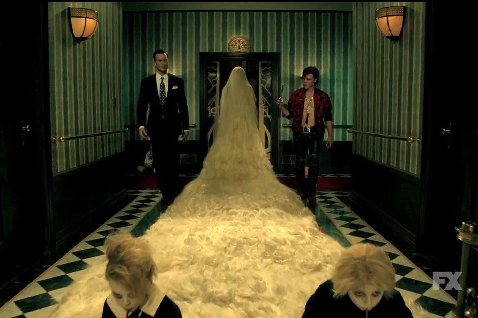 American-Horror-Story-Hotel_15-2