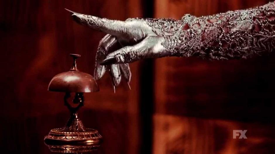 American-Horror-Story-Hotel_16-2
